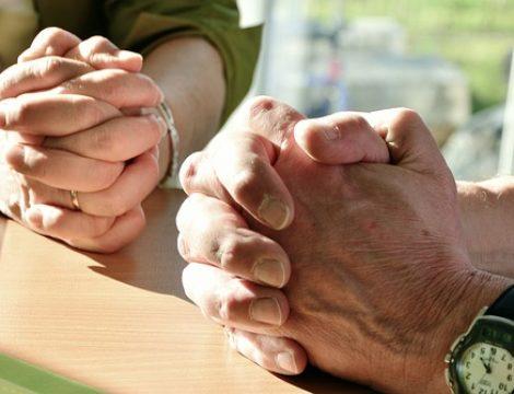 Older Couple praying